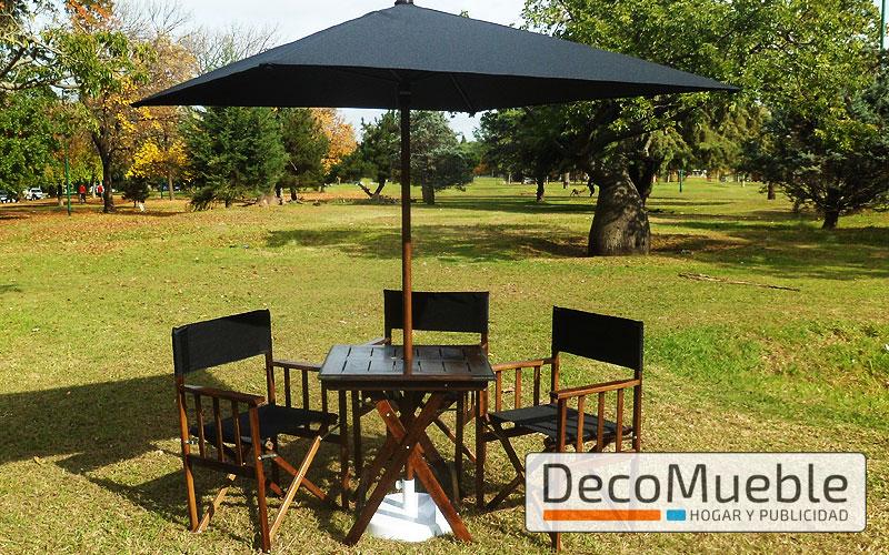 Muebles para exterior sillas sillones plegables mesas for Muebles de madera para jardin